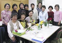 花の淡彩画 教室:イズカルチャーセンター講座写真