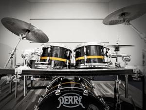 ドラム教室(個人レッスン)
